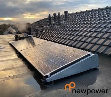 newpower plug and play zonnepaneel 2